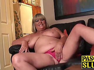 Chubby mature lady rubbing her shaved pussy ecstatically