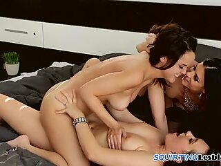 Squirting lesbos in sensual sex with MILF