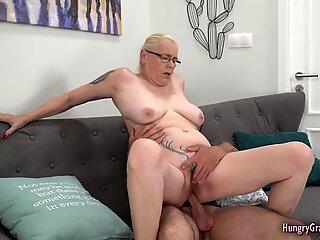 Big dick blowjob