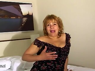 This Spanish granny loves to get naughty