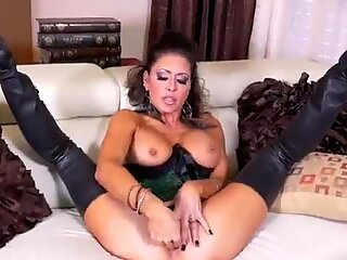 Jessica Jaymes suck &amp_ fuck a monster cock, big boobs &amp_ big booty