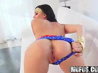 Mofos - porn industry star Vote - (Ariana Marie) - cosplay hotty Takes it Deep