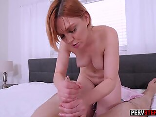 Busty MILF stepmom played with a big dick at the morning