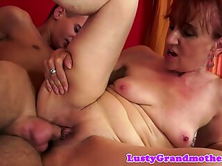 Lovely mature lady gets her pussy pounded