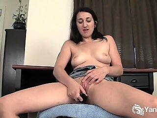 Brunette Samara Toy Her Pussy Upskirt
