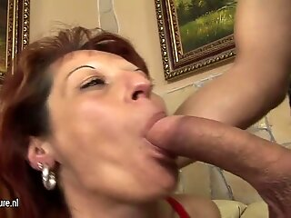 Housewife gets an anal creampie
