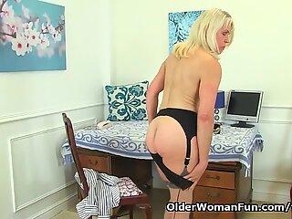 UK milf Lady Sextasy rather masturbates than doing accounts