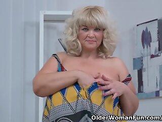 plus-size milf Renatte rubs her big fun bags and hungry muff