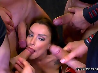 Perfect sexy milf elen gets cums and bukkakes