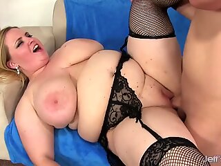 Fat Nikky Wilder Provides Her Man with Infinite Pleasure